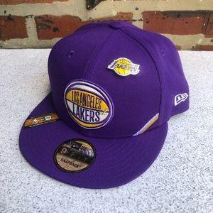 New Era LA Lakers NBA Draft SnapBack Hat w/Pin NWT